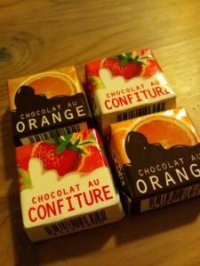 チロルチョコ オレンジ イチゴ